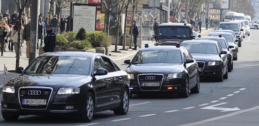 Koja državna institucija posjeduje najviše službenih automobila?