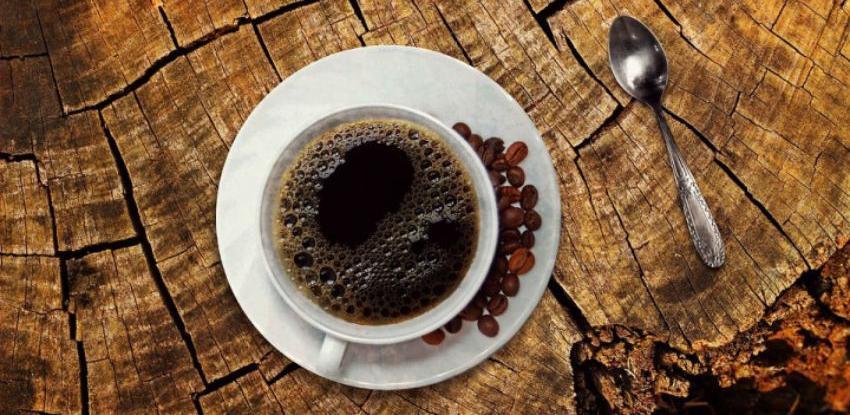 Najveća studija o starosti potvrdila: Alkohol i kafa nam pomažu da živimo duže
