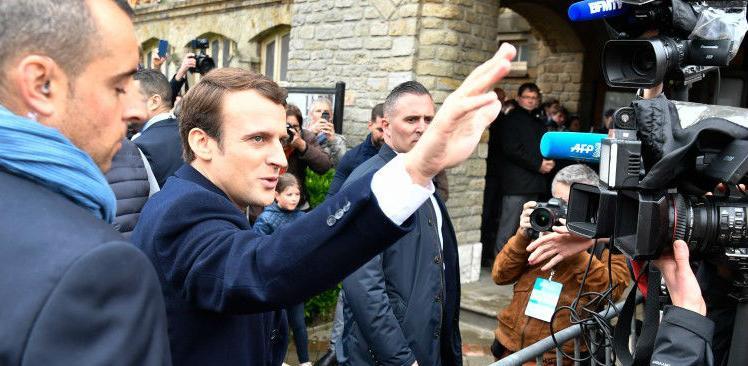 Ko je Emmanuel Macron: Investicijski bankar osvojio Elisejsku palaču