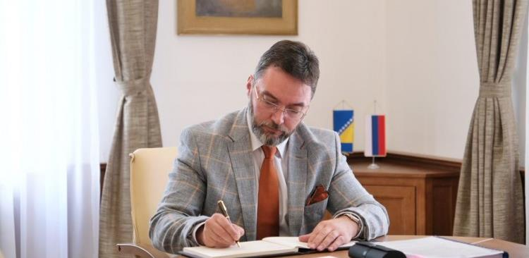 Košarac predložio izmjenu Pravilnika o primjeni Zakona o PDV-u