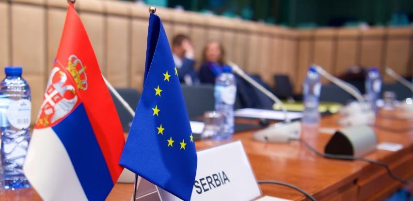Više od polovice građana za članstvo Srbije u EU