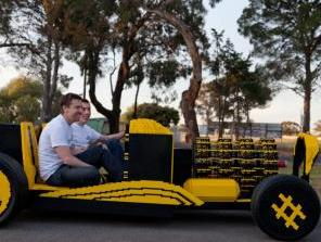 Automobil od 500.000 lego kockica