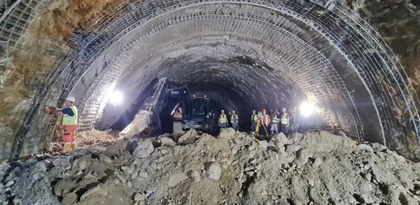Probijena lijeva cijev tunela Ivan duga 1761,50 metara