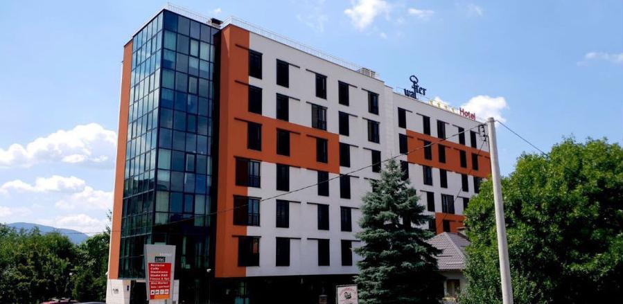 Hotel Emiran preimenovan u hotel Walter