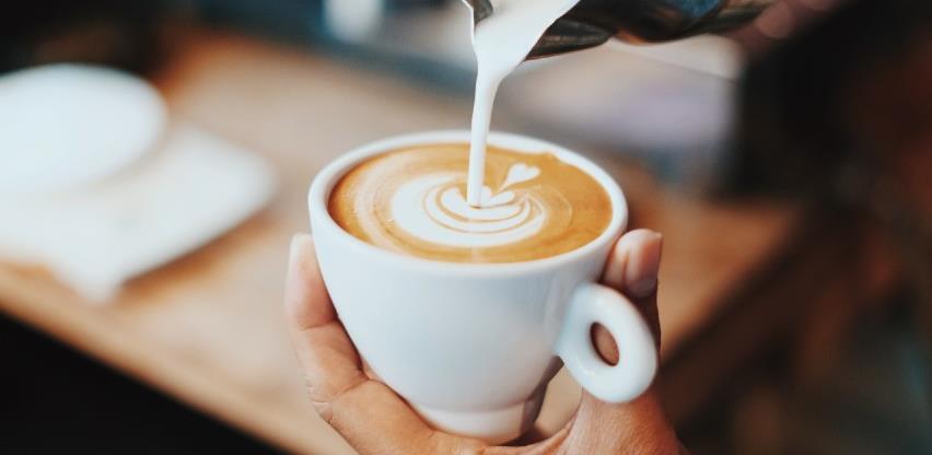 Pet razloga zašto biste trebali redovito piti kafu
