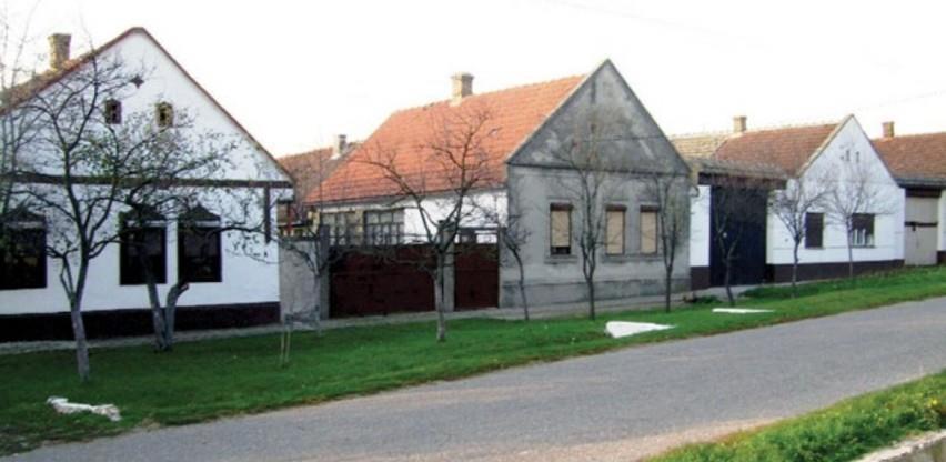 Srbija: 1,2 miliona dinara bespovratnih sredstava za otkup napuštenih seoskih kuća