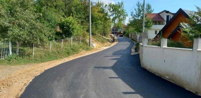 Okončani radovi na asfaltiranju dijela Ulice Armije RBiH na Kromolju