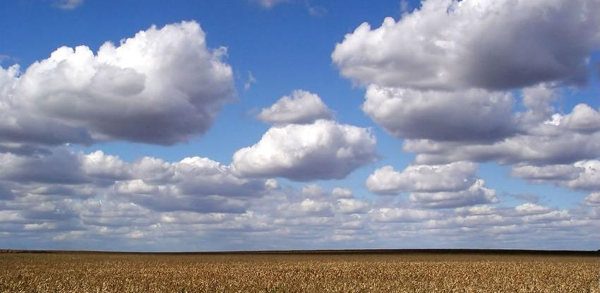 Znate li koliko su teški oblaci?