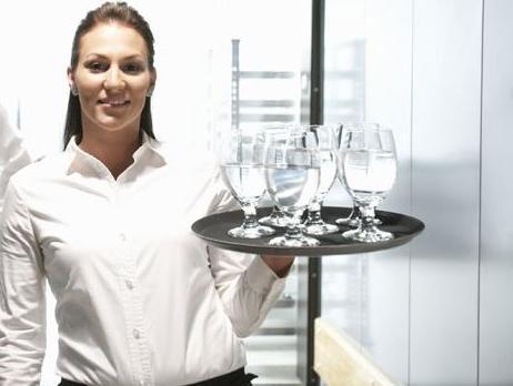 Hercegovina vapi za dobrim kuharima i konobarima