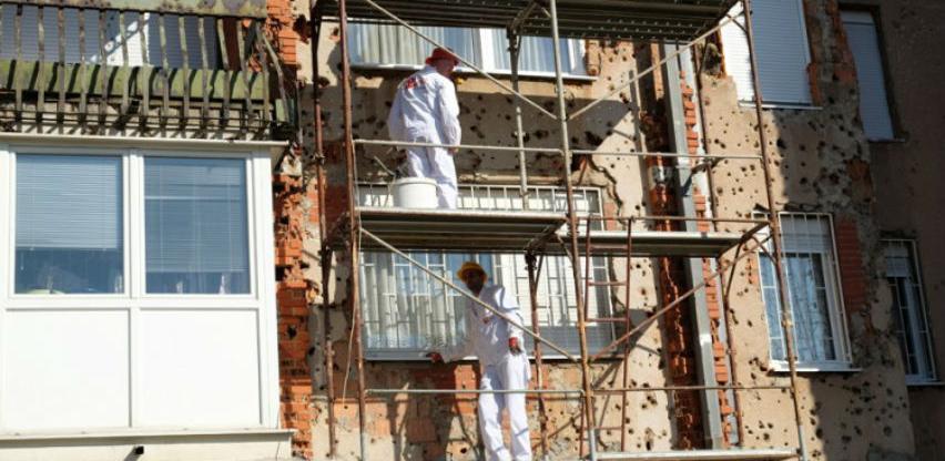 Obnavlja se fasada najoštećenijih zgrada u naselju Saraj Polje