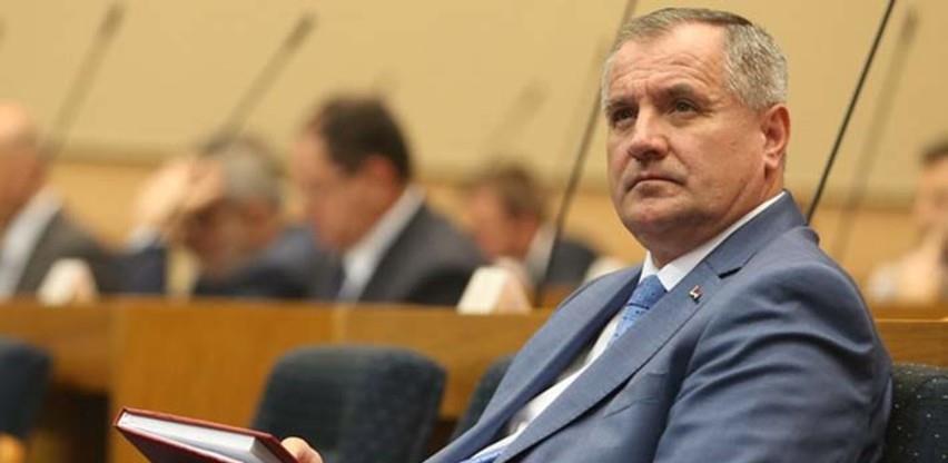 Višković: Iz budžeta 16,5 miliona KM za poreze i doprinose oko 40.000 radnika