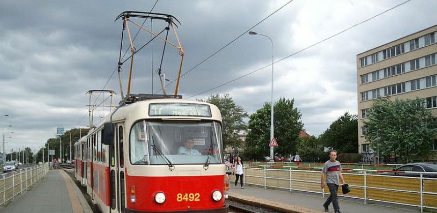 Besplatan tramvajski i trolejbuski prevoz u periodu Uzbune u KS-u