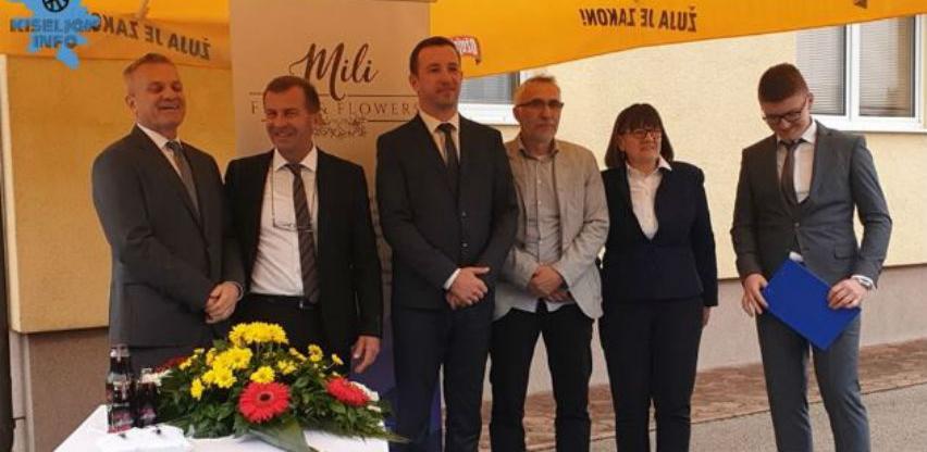 U Kiseljaku otvoren pogon za preradu voća i proizvodnju soka od aronije