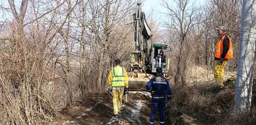 Jata Group radi sanaciju i asfaltiranje puta za Gornje Krivače u Zenici