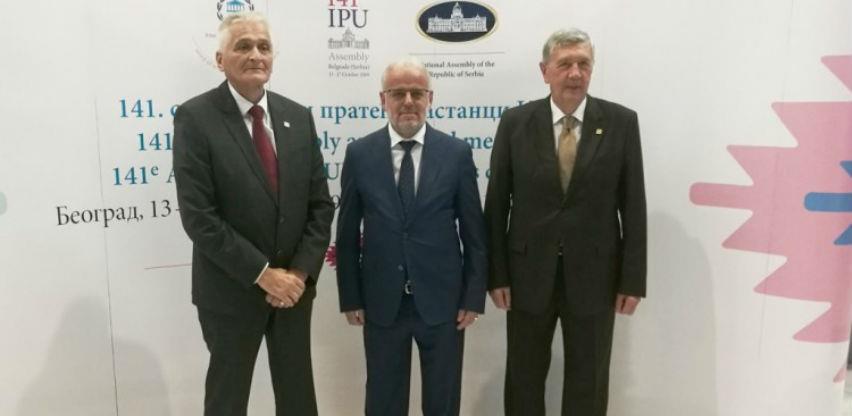 Potrebno uspostaviti avioliniju Sarajevo-Skoplje