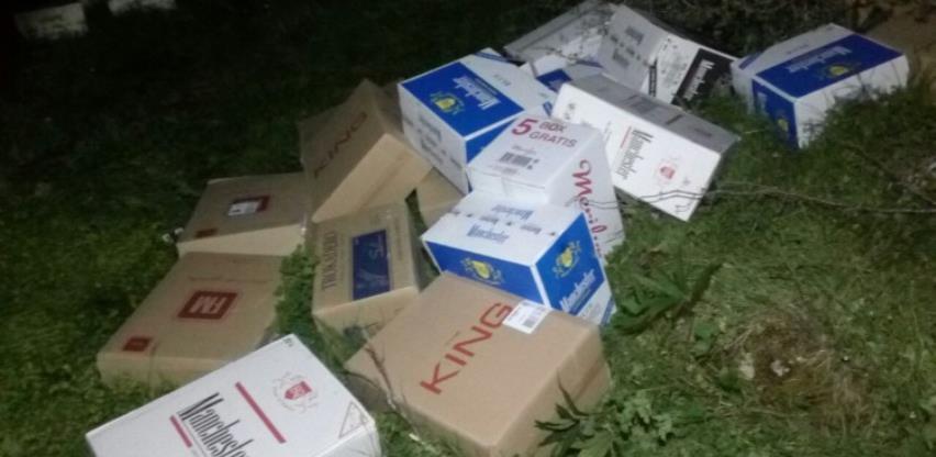 Jedna od najvećih zaplijena: U cisterni pronađene ilegalne cigarete u vrijednosti od 1,3 miliona KM