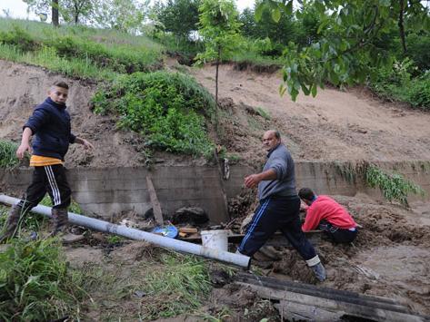 Oko 2.000 klizišta evidentirano u BiH, zemljište i dalje ne miruje