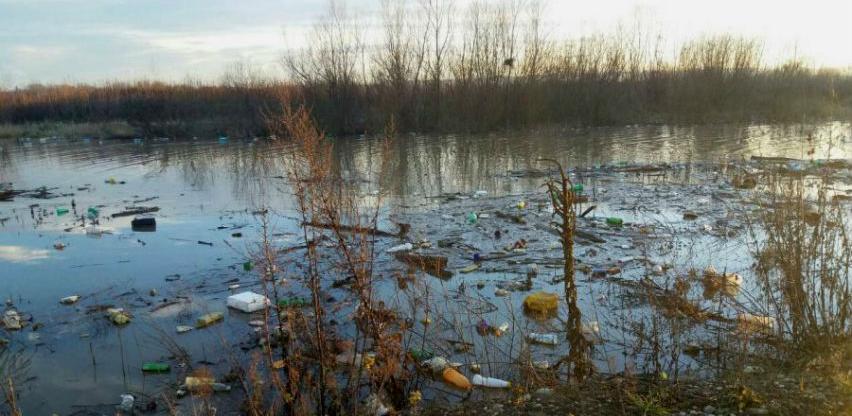 Pola miliona KM za čišćenje obala rijeke Bosne na području ZDK