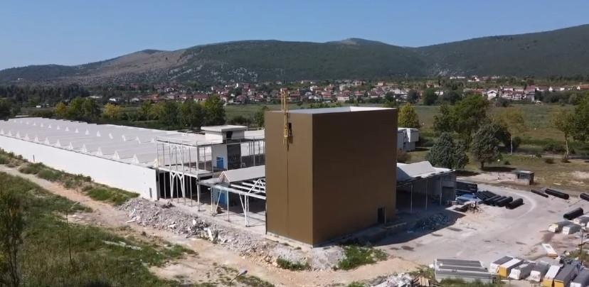 """Radnici u čapljinskoj """"Lasti"""" na poslu 2021. godine (VIDEO)"""