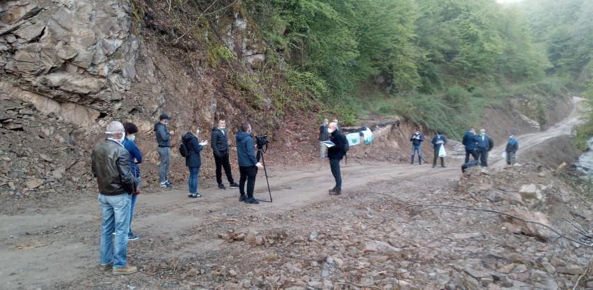 Mještani blokirali nelegalno gradilište malih hidroelektrana na rijeci Bjelavi
