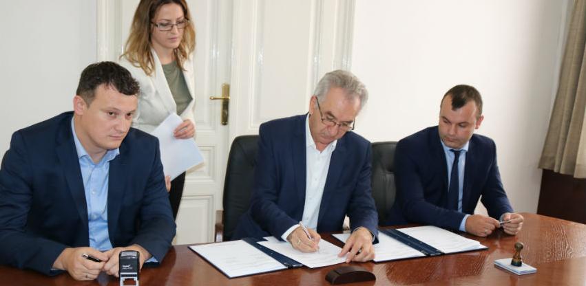 Potpisani ugovori: 500.000 KM za Srebrenicu i 450.000 KM za Istočnu Ilidžu