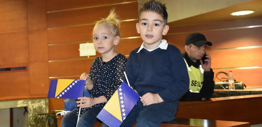 Dan državnosti svečano obilježen u Domu mladih Skenderija uz program za najmlađe