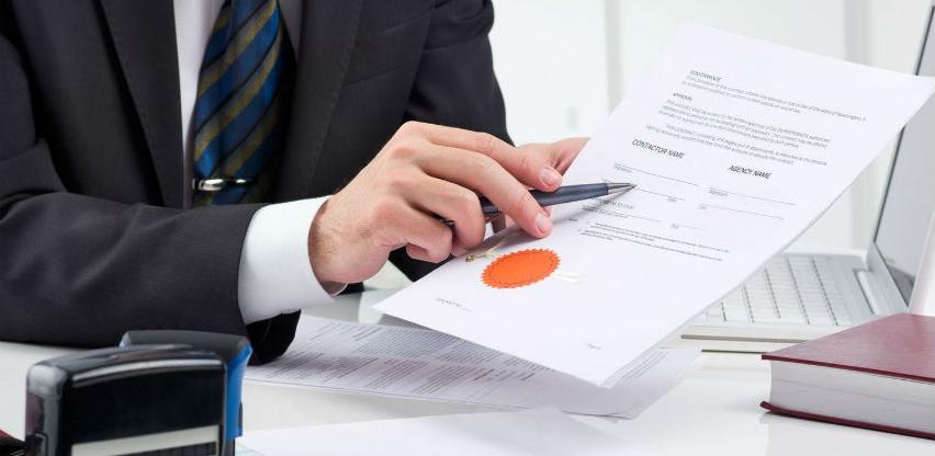 Cijena notarskih usluga u RS ide na preispitivanje