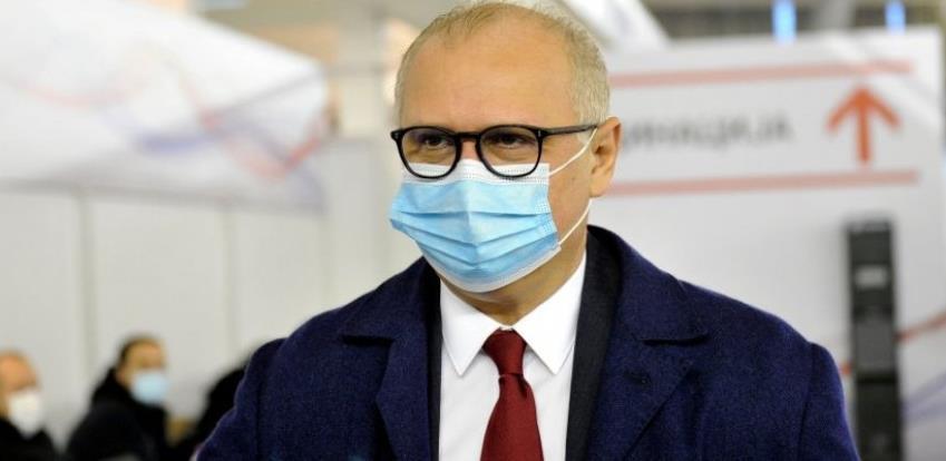 U Srbiji stimulacije: Vakcinisani će moći u pozorišta, na festivale, koncerte, stadione...