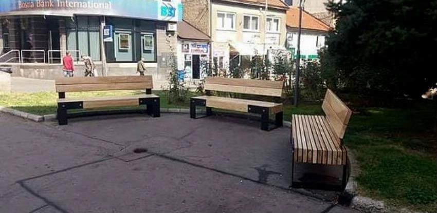 Moderne klupe uljepšale gradske ulice Zenice