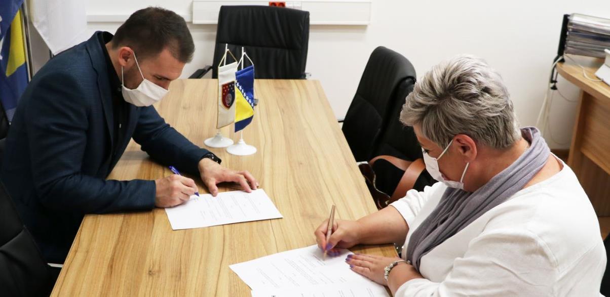 Delić potpisao Memorandum sa Sindikatom trgovine, želi raditi na poboljšanju prava trgovaca