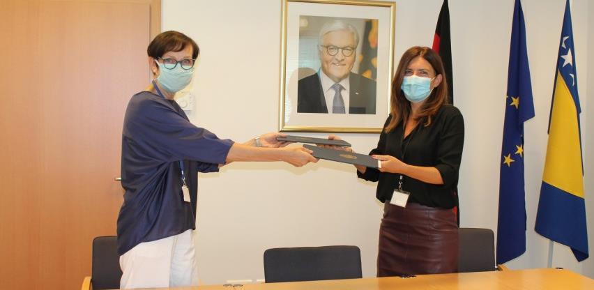 World Vision i ambasada Njemačke: 50.000 eura za prevazilaženje posljedica krize