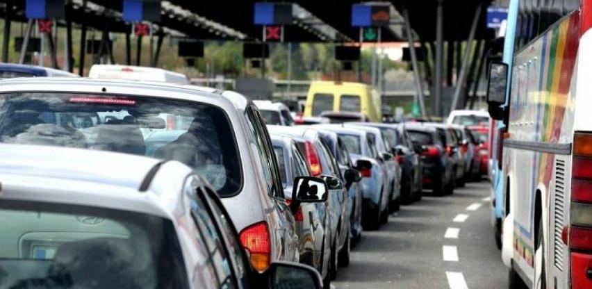 Ukida se prijevoz kombi vozilom radi smanjenja čekanja na granici BiH i RH