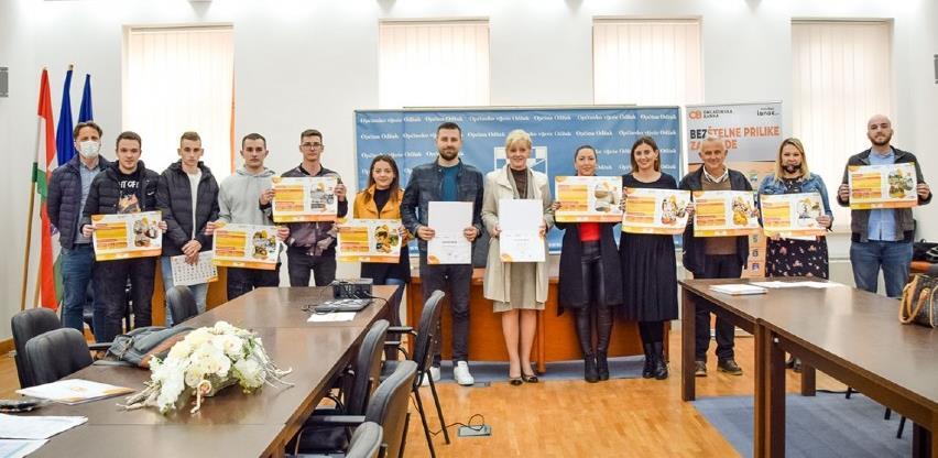 Održana promocija rezultata programa Omladinske banke Odžak za 2021. godinu