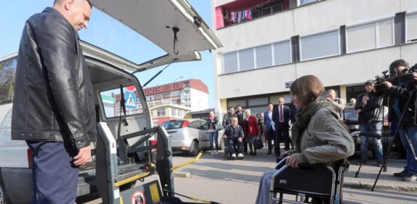 Usvojene izmjena zakona: U Sarajevu se uvode taxi vozila za osobe s invaliditetom