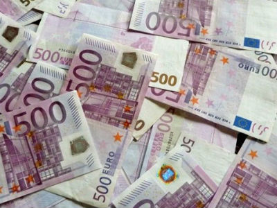 EU bi svakom građaninu eurozone mogla pokloniti 500 do 2.000 eura