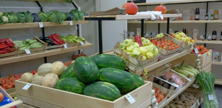 """U Bosanskoj tržnici na Dobrinji otvorena """"Bios"""" trgovina"""