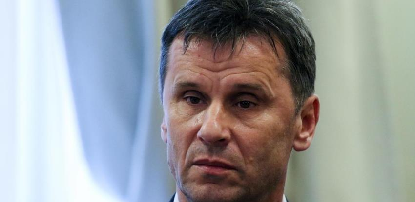 Novalić: Da smo htjeli glumiti državu mi bismo vakcine nabavili u decembru