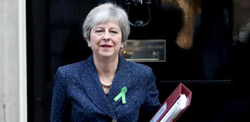 May: Blokada Brexita vjerojatnija je od izlaska iz EU bez dogovora