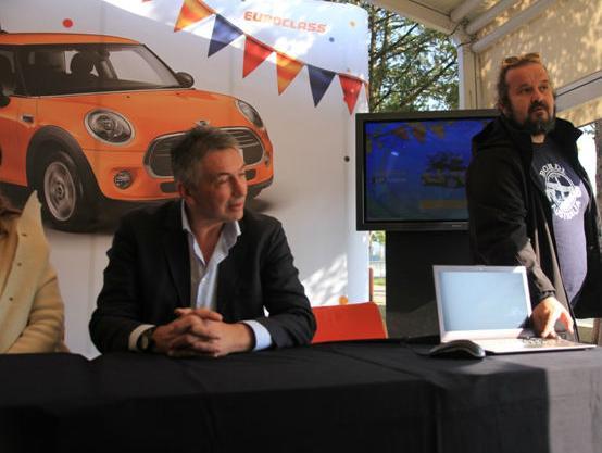 Među mnogima koji su izvlačili utješne nagrade bio je i Almir Kurt, dok je ruka Jasmina Fazlagića pronašla najsretnijeg dobitnika – vlasnika automobila Mini.