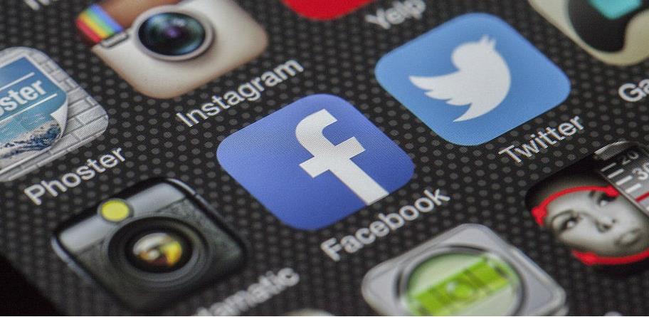 Facebook kupio firmu koja pravi botove