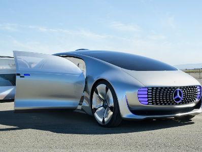 Mercedes budućnosti: Kako je voziti se u pametnom autu?