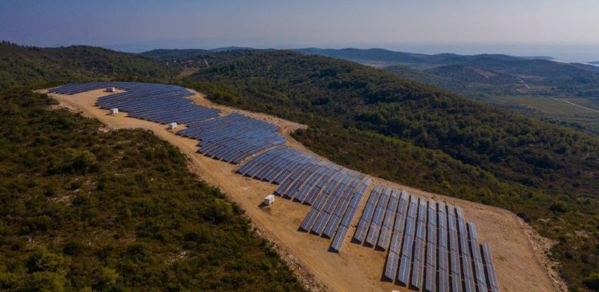 Na ostrvu Vis u rad puštena solarna elektrana vrijedna 4,12 miliona eura