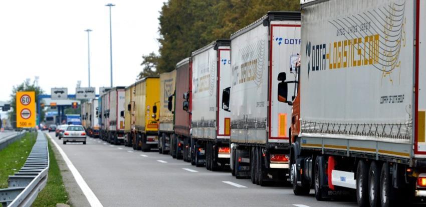 VTKBiH insistira na prioritetnom prolazu lako kvarljivih roba na GP Gradiška