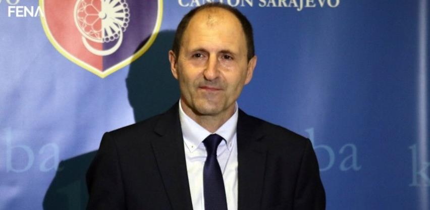 Premijer KS Mario Nenadić podnio ostavku