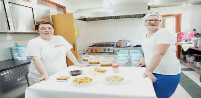 Centar Fenix priprema Iftare za starije i bolesne osobe