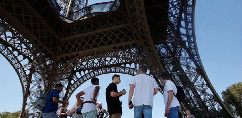 Eiffelov toranj ponovo otvoren za turiste