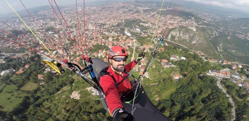Mirvad Zenuni – paraglajder iz Starog Grada koji je letio cijelim svijetom