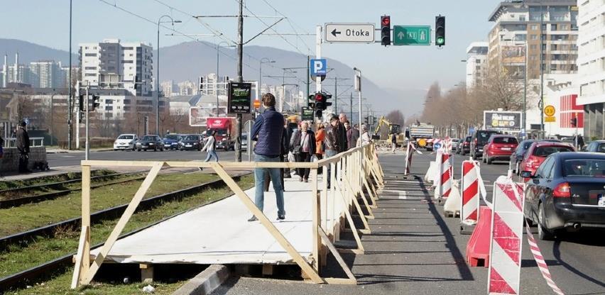 Građani žrtve vladine politike: Šta će biti sa obnovom tramvajskih stajališta?