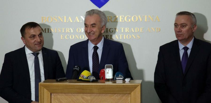 Šarović najavio pojačanu kontrolu uvoza mesa iz EU zbog pojave listerije