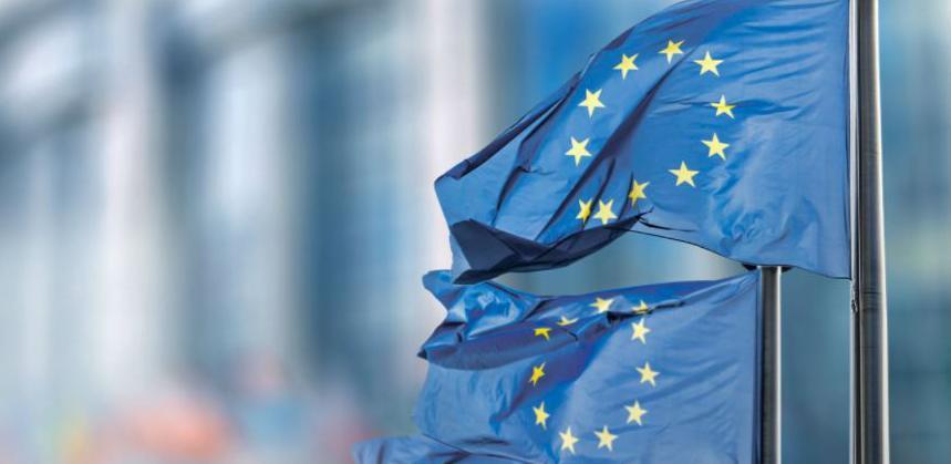 Theresa May i Emmanuel Macron sastali sena samitu EU